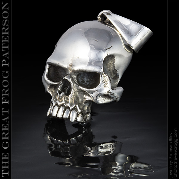 Large Silver Flat Skull Pendant | The Great Frog Paterson