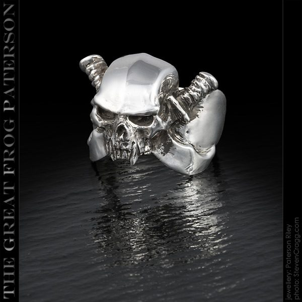 Silver Scimitar Skull Ring | The Great Frog Paterson