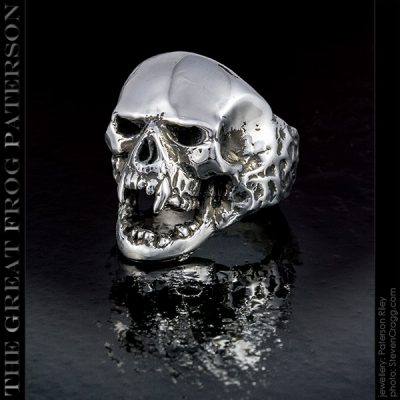 Haunted Skull Ring