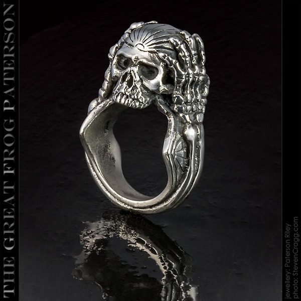 The Great Frog migraine skull silver ring