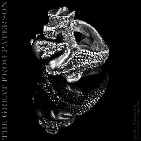 silver dragon ring : the great frog paterson