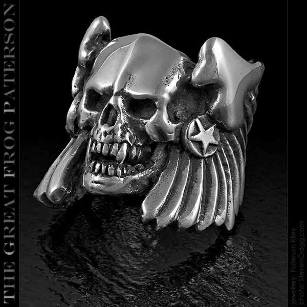 Demon Skull Ring: Winged Thanatos | The Great Frog Paterson