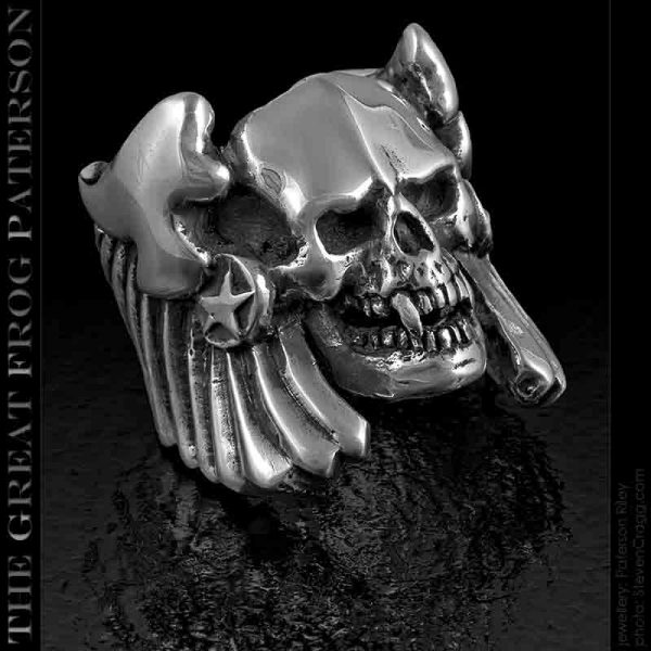skull ring : Winged Thanatos : The Great Frog Paterson
