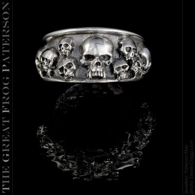 the great frog : 13 apostles skull ring
