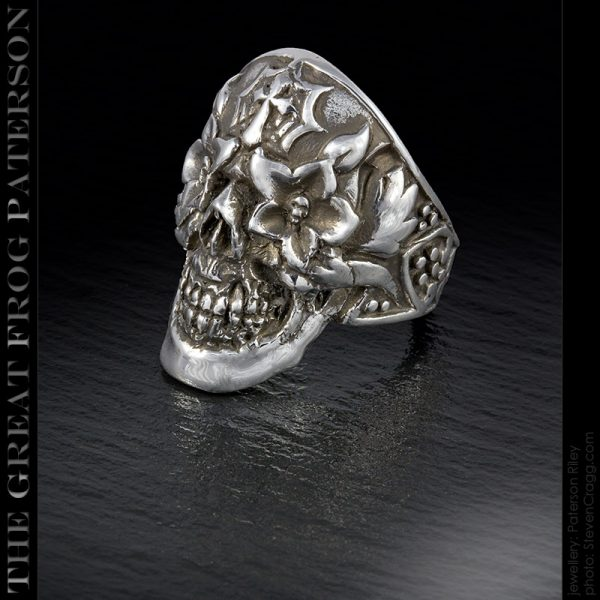 the great frog : candy-man skull ring