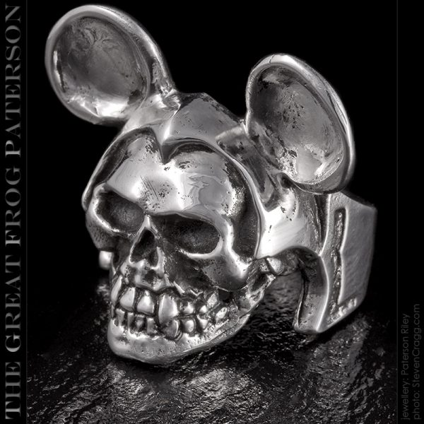 the great frog : mike rodent skull ring