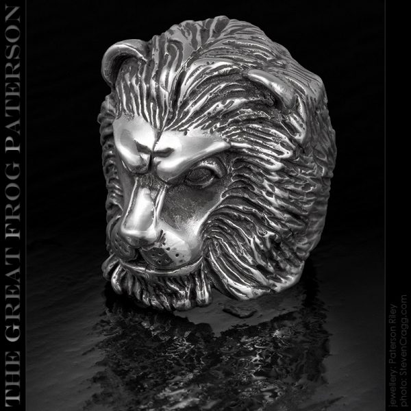 the great frog: silver lion head ring