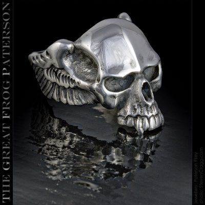 Vampire Skull Ring v3 | The Great Frog Paterson